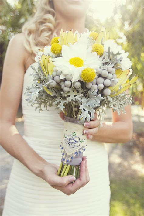 Real Bridal Bouquets by Fall Real Wedding White Ivory Bridal Bouquet Onewed