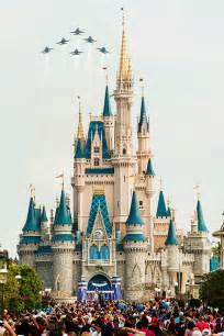 disney world reveals new name artwork models for cinderella castle changed to elsa s palace disney