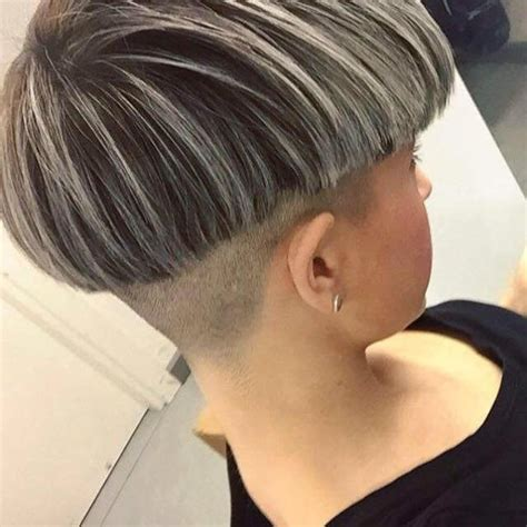 frosting hair thats some grey 17 best ideas about frosted hair on pinterest dyed white