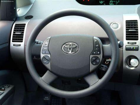 2004 Toyota Prius Interior by Toyota Prius 2004 Picture 27 800x600