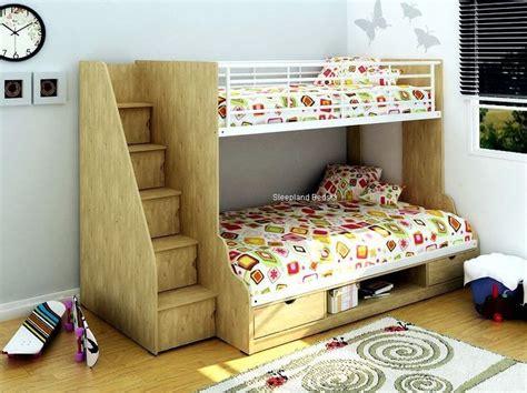 triple sleeper bed best 25 triple sleeper bunk bed ideas on pinterest
