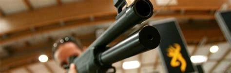 comprare armi senza porto d armi usa pistole e kalashikov da comprare anche senza