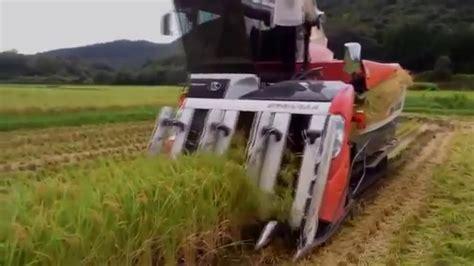 Mesin Giling Padi Kubota Mesin Pemanen Padi Modern Tercanggih Di Dunia Luar Biasa