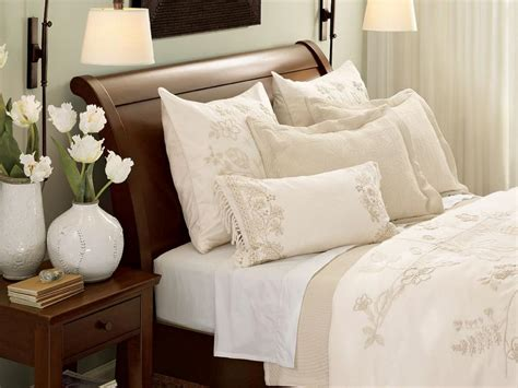 all white bed 10 all white bedroom linens hgtv