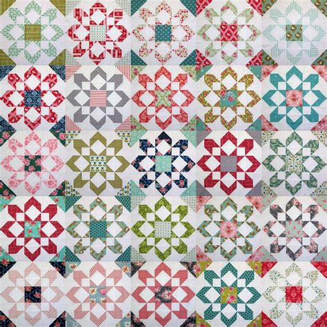 camille roskelley framed quilt pattern round and round quilt 194 best images about camille roskelley quilts on