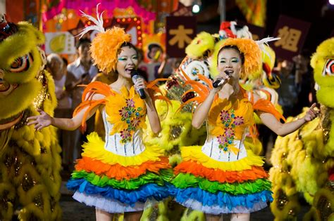 culture holiday tour integral part of singapore culture