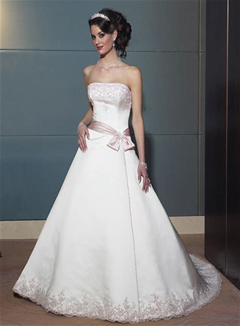 Discount Bridal Gowns by Bridal Gowns On Discount