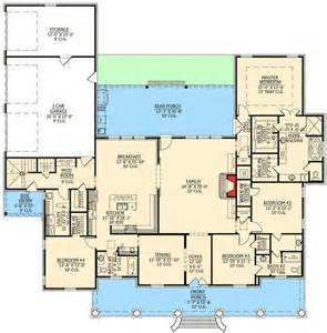 Acadian Floor Plans by Graceful 4 Bedroom Acadian Home Plan
