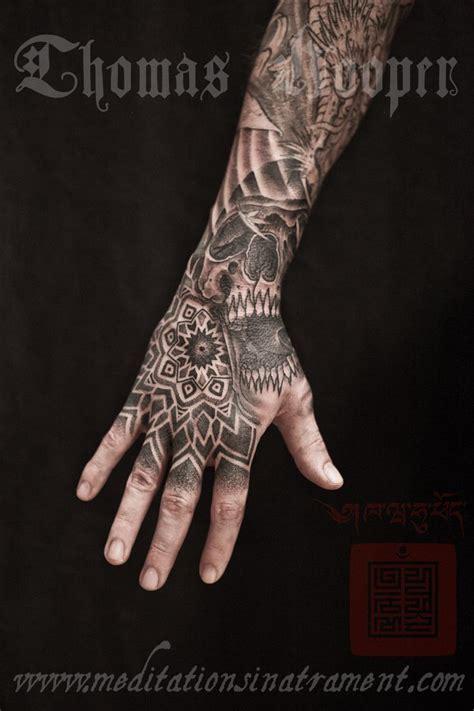 hand tattoo nyc 89 best hand tattoo images on pinterest tattoo ideas