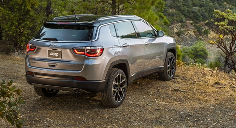 jeep compass 2018 2018 jeep compass unveiled at la motor here