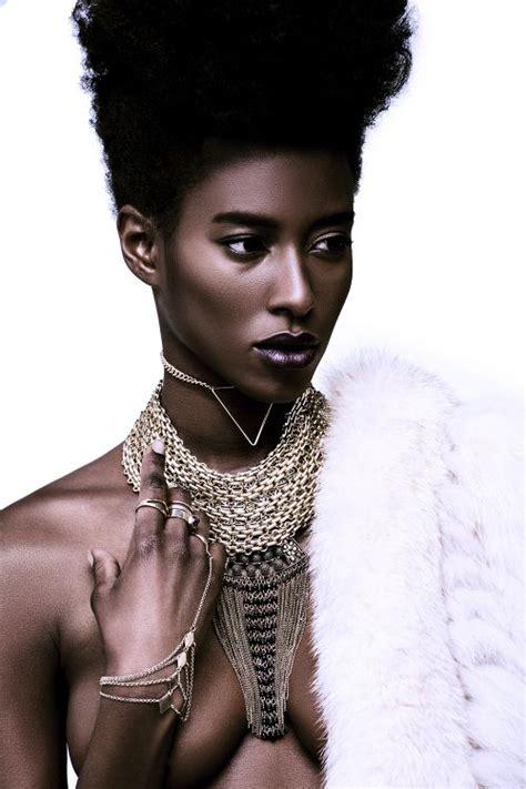 fashion model sara naomi stuns in photographer cooper