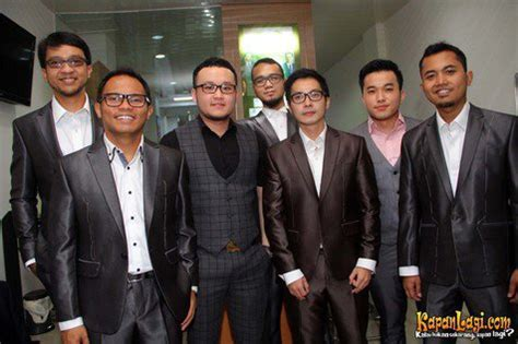 Bikin Jas Di Wong Hang selain musik kerispatih juga piawai soal fashion