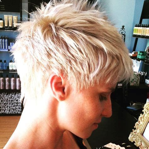 pixi cuts cherry brown and blonde best 25 blonde pixie cuts ideas on pinterest