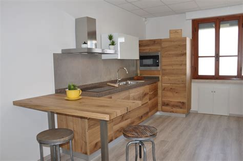 cucina in rovere stunning cucine in rovere naturale ideas acrylicgiftware