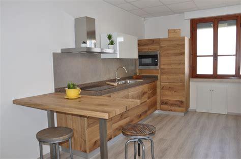 cucine moderne in rovere cucina artigianale in legno fadini mobili cerea verona
