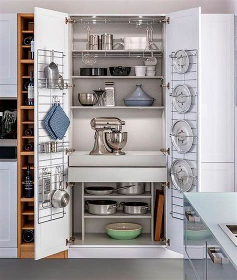 armarios  sistemas de almacenaje bien organizados