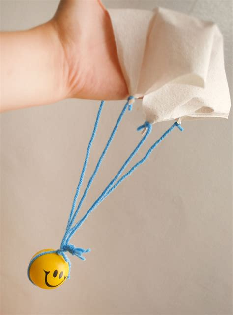 Make A Paper Parachute - how do you make a paper parachute 28 images need help