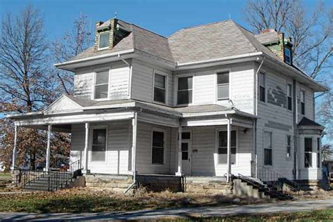 missouri house roomy loaded with potential save this house missouri this house