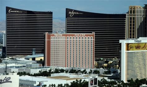 largest hotel in las vegas by rooms photos the world s 10 hotels