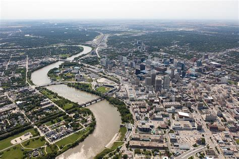 Find Winnipeg Aerial Photo Winnipeg Skyline 2015