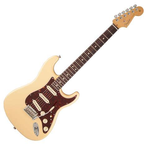 Gitar Fender Stratocaster 131 fender fsr american standard stratocaster 174 vintage white