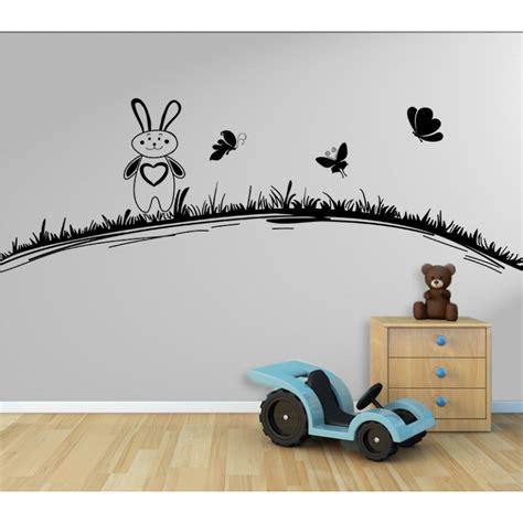 Wandtattoo Kinderzimmer Wiese by Wandtattoo Kinderzimmer Hase Hasi Mit Schmetterlinge Auf