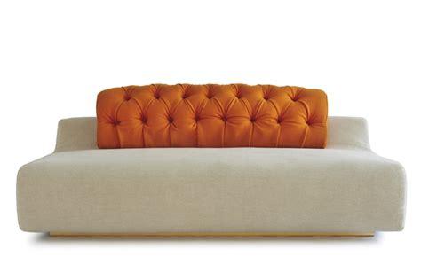facciamo saltare i bulloni a questo divano d3co
