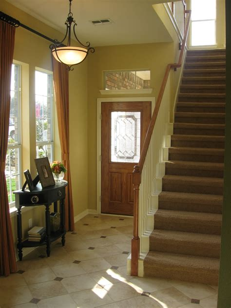 A Foyer Foyer Design Decorating Tips And Pictures
