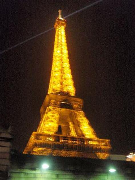 beleuchtung romantisch romantische beleuchtung bild eiffelturm