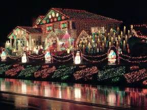 houses with a lot of lights best outdoor decorations for 2014