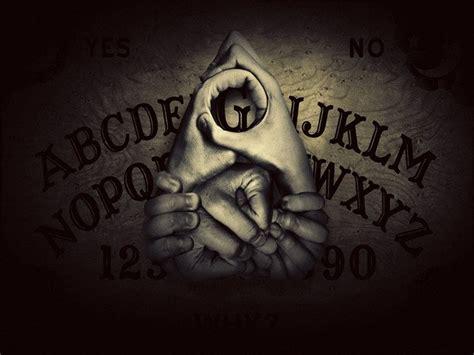 imagenes raras de halloween zozo el demonio que aparece cuando practicas la ouija
