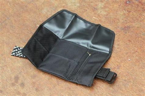 Lezyne M Caddy Co2 Kit Saddle Bag Tas Belakang Sepeda review lezyne roll caddy road cc