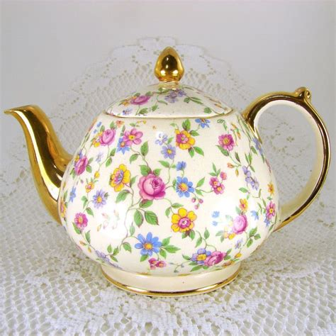 Tea Planter S by 25 Best Ideas About Tea Pots On Coffee And