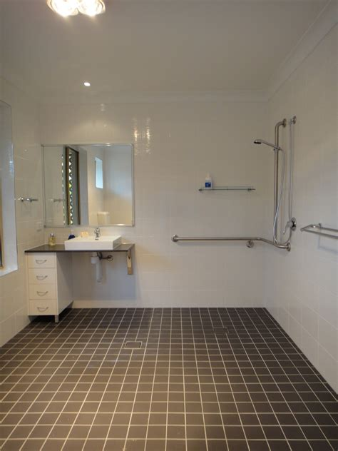 ada badezimmer vanity accessible bathrooms vip access