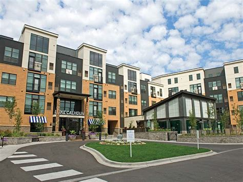 Appartments In Minneapolis by Lake Calhoun City Apartments In Uptown Minneapolis Mn