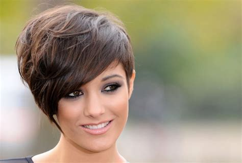 Thick Hairstyles For by 18 Hairstyles For Thick Hair To Beautify Your Look
