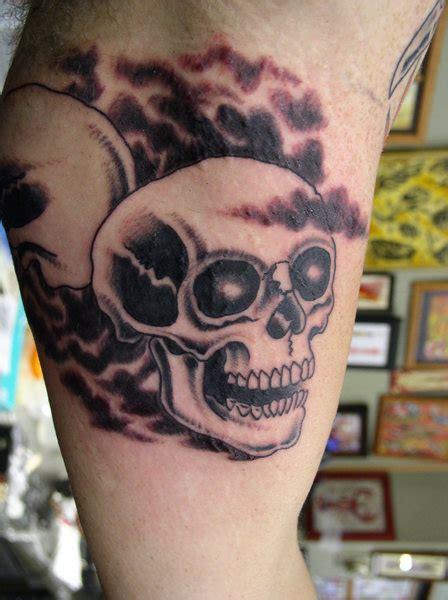 iron lotus tattoo hours may 26 2011 iron brush tattoo