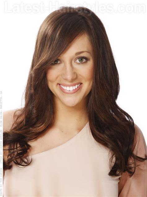 brunette hairstyles for heart shaped faces 27 stylish heart shaped faces hairstyles