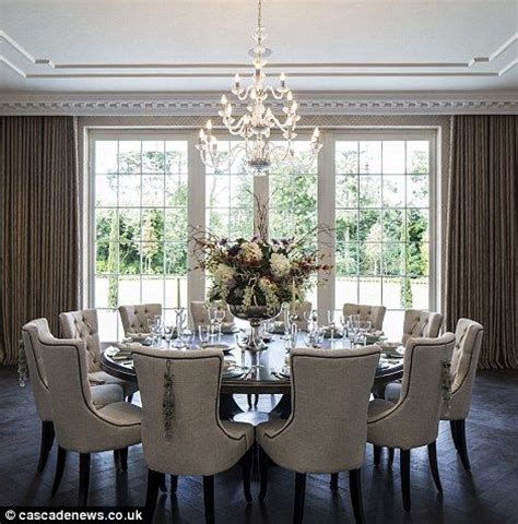 round table dining room 1000 ideas about round dining tables on pinterest