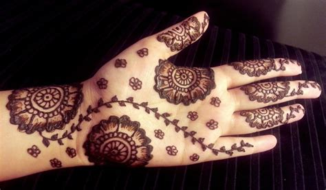 30 simple henna designs for beginners 001