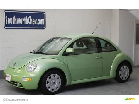 green volkswagen beetle 2000 green volkswagen beetle gls coupe 20614374 photo
