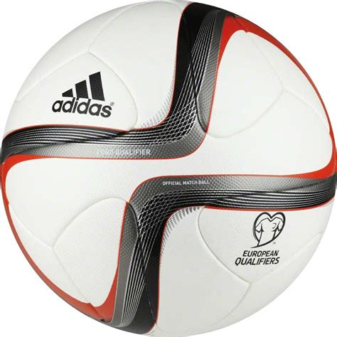 ballon de foot officiel qualifications 2016