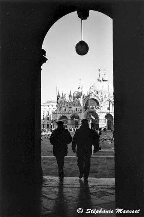 Venise en noir & blanc - arcade de la place Saint Marc