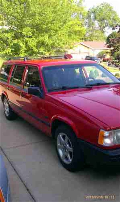 find   volvo  base wagon  door   youngstown ohio united states