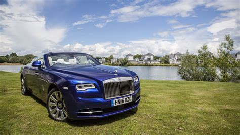 rolls royce dawn blue the rolls royce dawn is the most elegant car you ve never