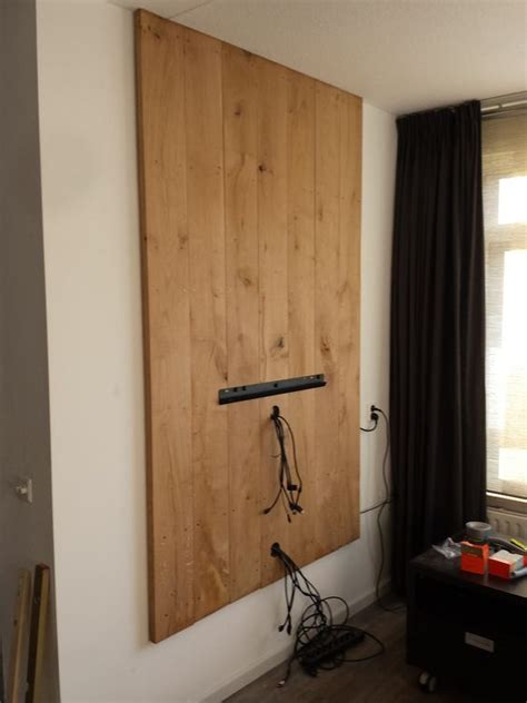 Tv Ophangen Kabels Wegwerken by Wegwerken Kabels Tegen De Muur Woonkamer Tv Meubel