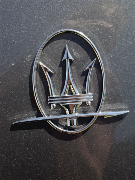 maserati back logo maserati emblem www pixshark com images galleries with