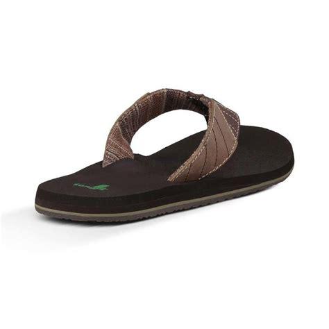 mens sanuk boots sanuk s pave the wave sandals