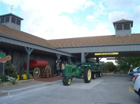 Machine Shed Restaurant Urbandale by Baked Potato Soup Picture Of Iowa Machine Shed