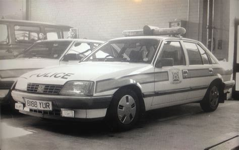 vauxhall colton vauxhall carlton 1984 dogs horses and vehicles used by